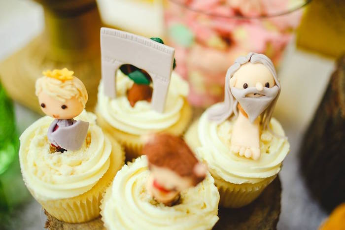 Cupcakes from a Prince Caspian Themed Birthday Party via Kara's Party Ideas | The Place for All Things Party! KarasPartyIdeas.com (39)