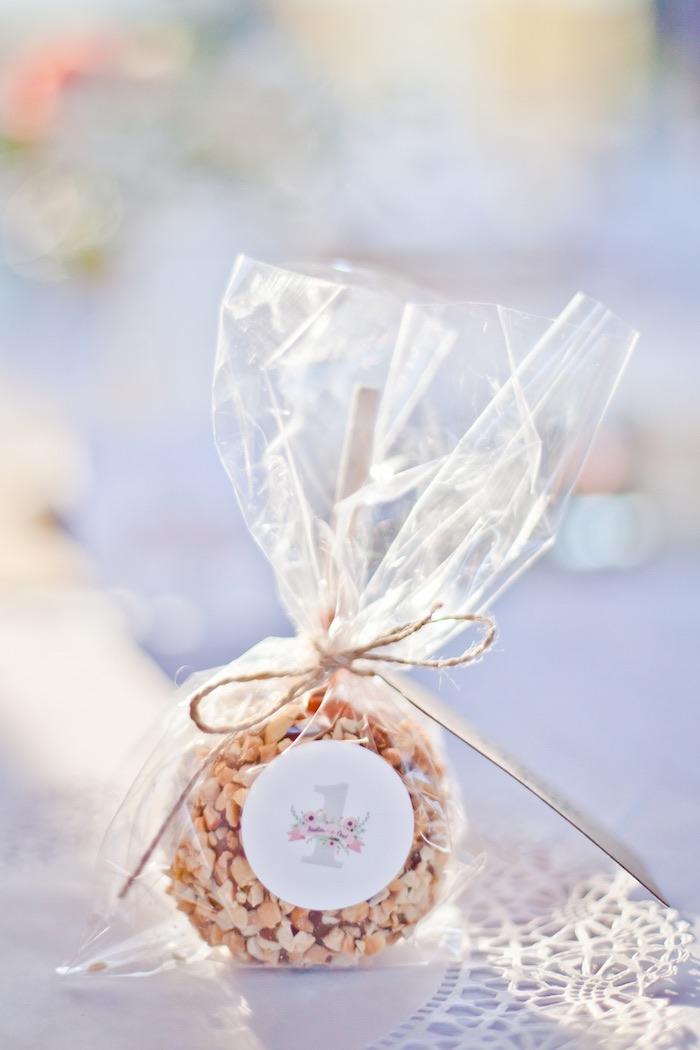 Caramel Apple Favor from a Rustic Floral 1st Birthday Party via Kara's Party Ideas! KarasPartyIdeas.com (15)