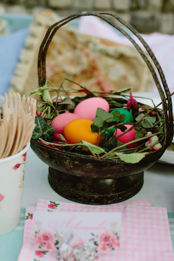 Basket Centerpiece from a Spring Easter Brunch Party via Kara's Party Ideas! KarasPartyIdeas.com (25)