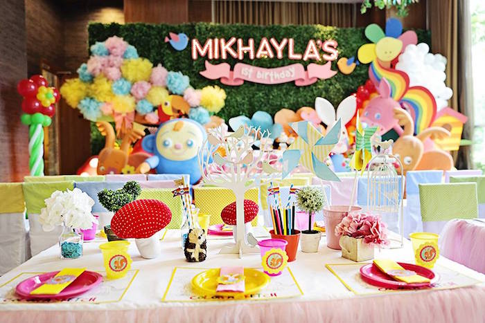 Guest Table from a Sunny Garden 1st Birthday Party via Kara's Party Ideas | The Place for All Things Party! KarasPartyIdeas.com (8)