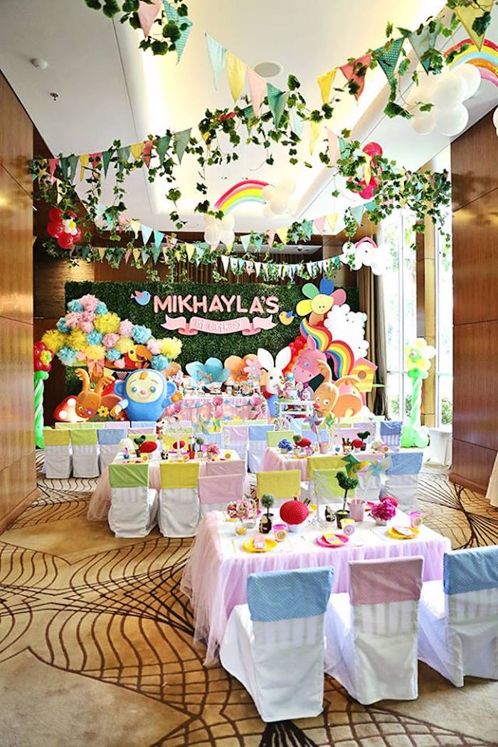 Kara 39 s party ideas sunny garden 1st birthday party kara for 1st birthday hall decoration ideas