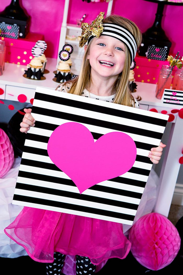 Photo Op from an American Girl Doll BFF Party: Inspired by Kate Spade via Kara's Party Ideas | KarasPartyIdeas.com (13)