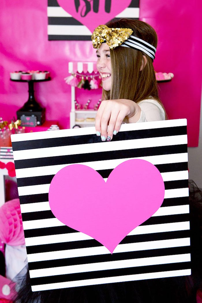 Photo Op from an American Girl Doll BFF Party: Inspired by Kate Spade via Kara's Party Ideas   KarasPartyIdeas.com (18)