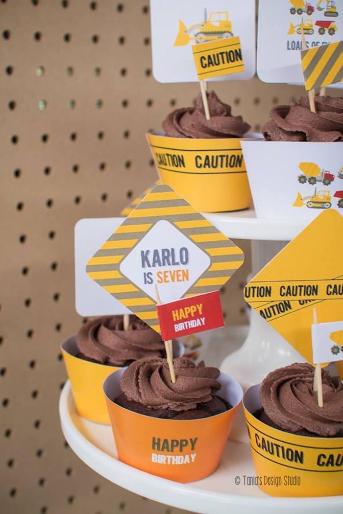Cupcakes from a Construction Birthday Party via Kara's Party Ideas! KarasPartyIdeas.com (30)