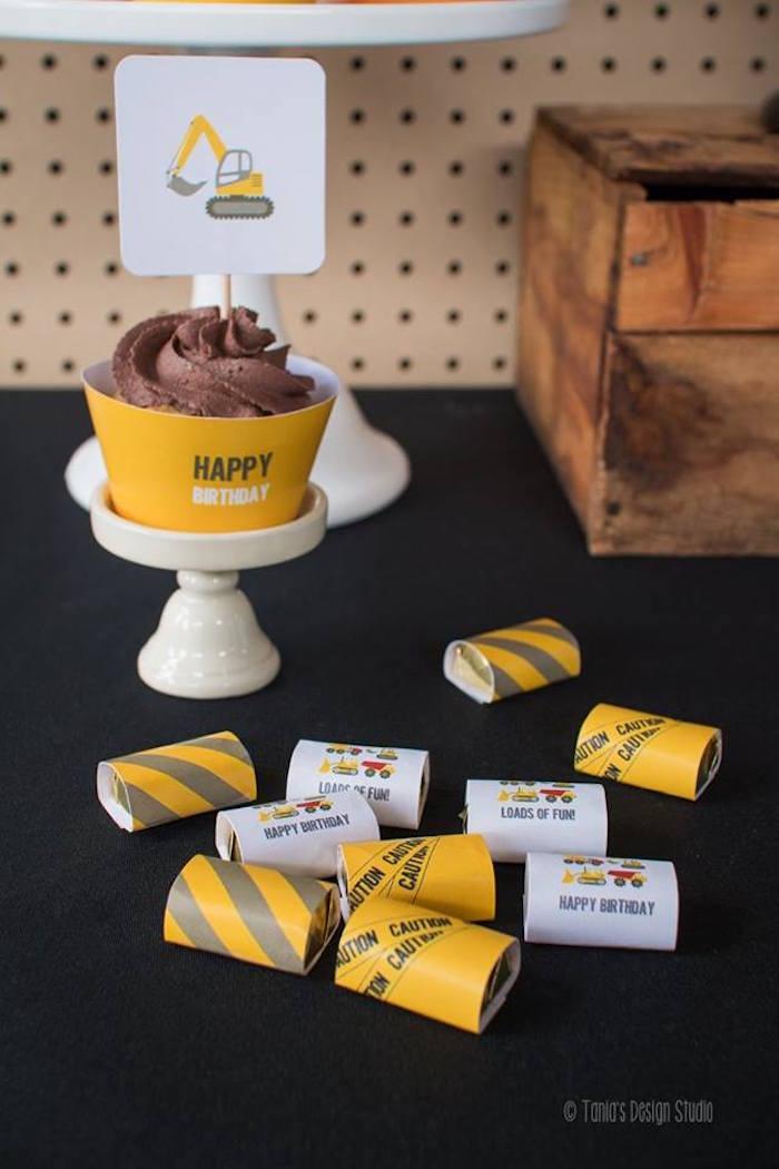 Sweets from a Construction Birthday Party via Kara's Party Ideas! KarasPartyIdeas.com (24)