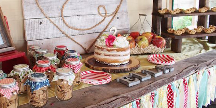 Main Table Details From A County Fair Themed Birthday Party Via Karas Ideas