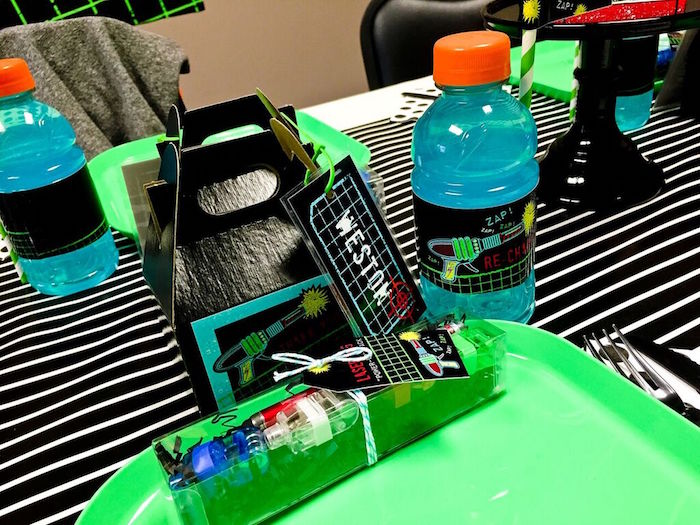 Place Setting + Gable Lunch Box & Drink from a Laser Tag Birthday Party via Kara's Party Ideas | KarasPartyIdeas.com (19)