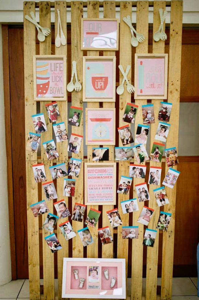 Pallet Wall from a Little Chef Birthday Party via Kara's Party Ideas! KarasPartyIdeas.com (7)