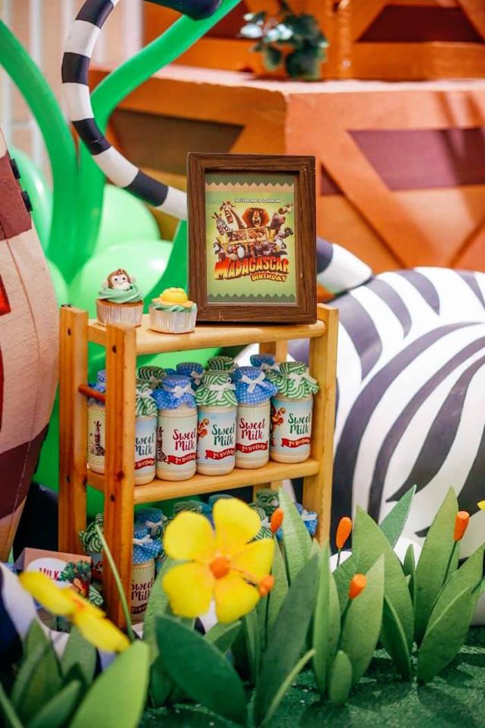 Drinks From A Madagascar Birthday Party Via Karas Ideas KarasPartyIdeas 6