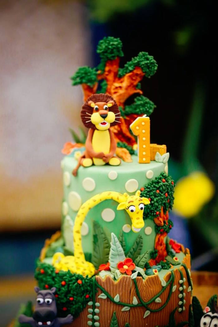 Top of Cake from a Madagascar Birthday Party via Kara's Party Ideas KarasPartyIdeas.com (28)