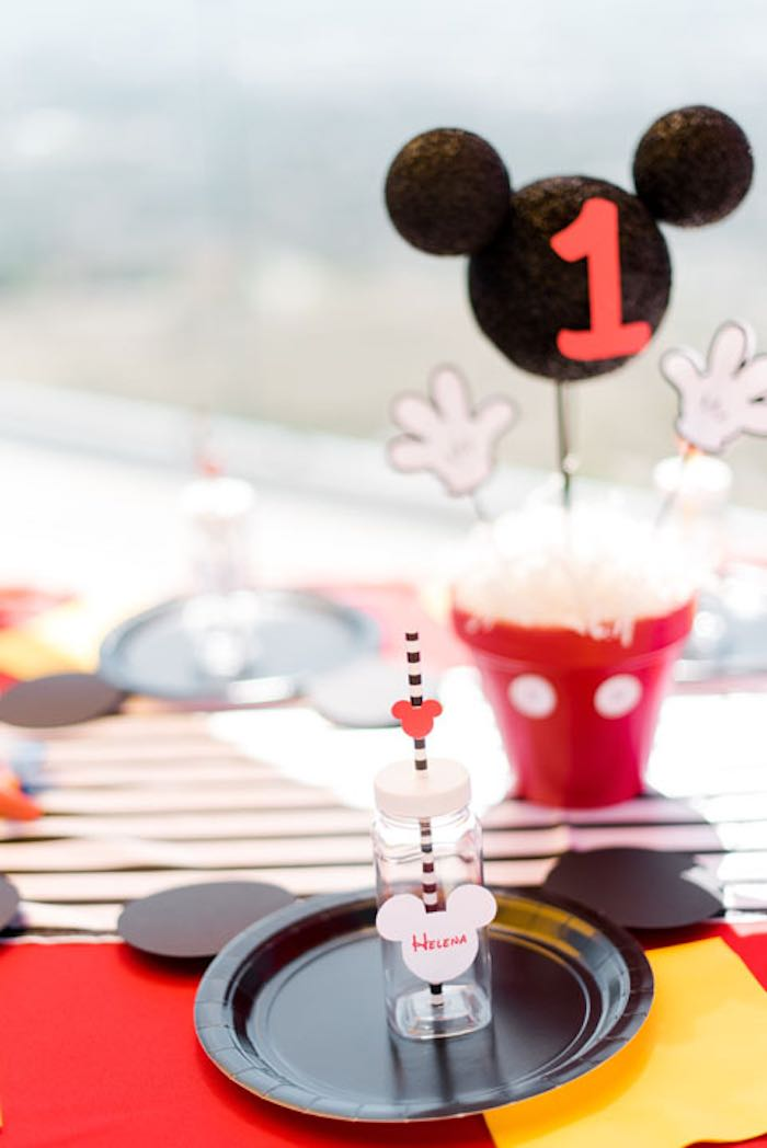 Place Setting from a Mickey & Friends Birthday Party via Kara's Party Ideas | KarasPartyIdeas.com (13)
