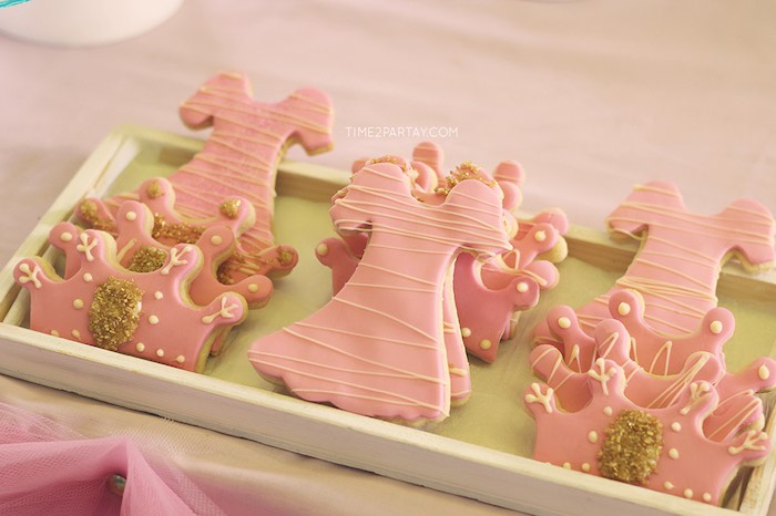 Cookies from a Pink & Gold Princess Party via Kara's Party Ideas | KarasPartyIdeas.com | The Place for All Things Party! (23)