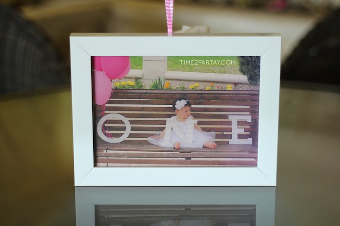 Framed Picture Centerpieces from a Pink & Gold Princess Party via Kara's Party Ideas | KarasPartyIdeas.com | The Place for All Things Party! (13)
