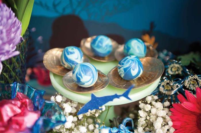 "Mermaid Pearls + Cake Balls from a Shark & Mermaid ""Under the Sea"" Joint Birthday Party via Kara's Party Ideas! KarasPartyIdeas.com (17)"