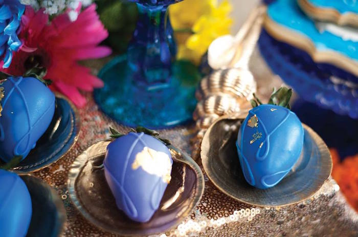 "Magic Berries atop Gold Sea Shells from a Shark & Mermaid ""Under the Sea"" Joint Birthday Party via Kara's Party Ideas! KarasPartyIdeas.com (37)"