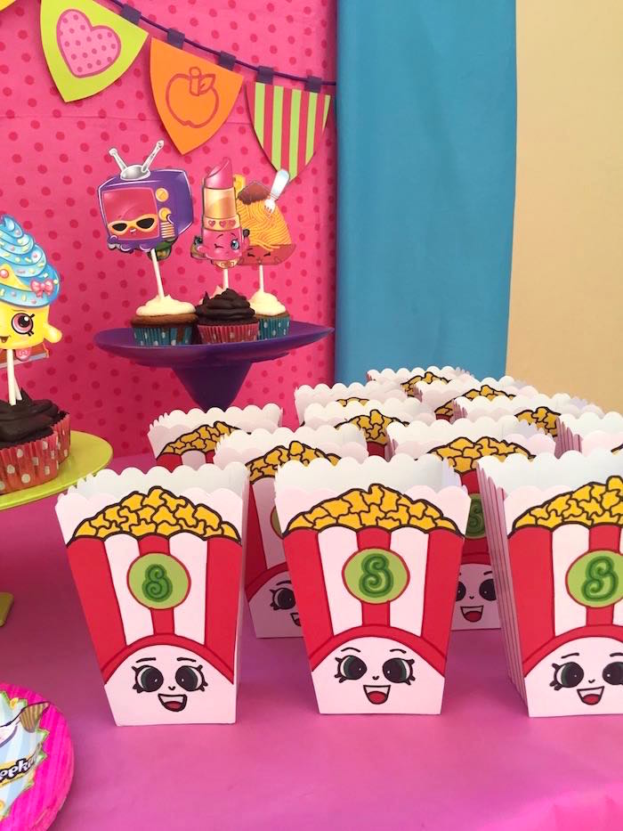 Poppy Corn Favor Boxes from a Shopkins Birthday Party via Kara's Party Ideas - KarasPartyIdeas.com (14)