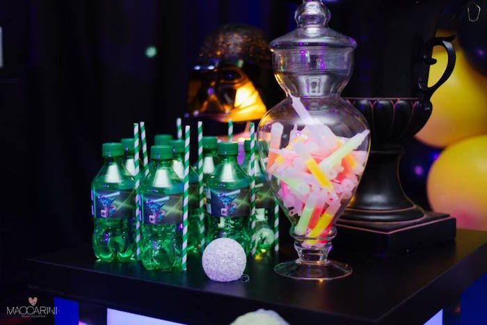 Drinks + Glow Sticks from a Star Wars Glow in the Dark Birthday Party via Kara's Party Ideas | KarasPartyIdeas.com (16)