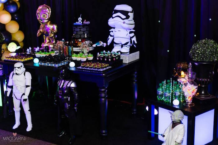 Kara S Party Ideas Star Wars Glow In The Dark Birthday