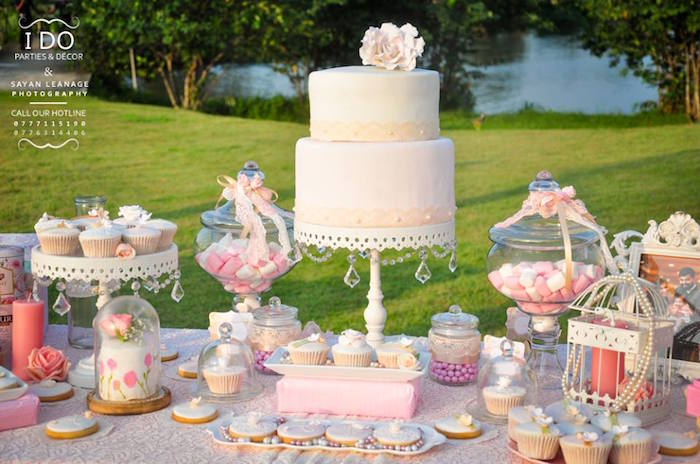 Wedding Centerpieces Cake Stand