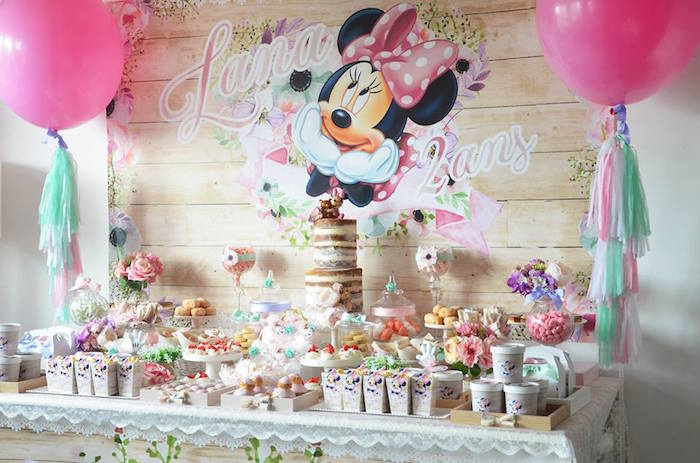 Karas Party Ideas Boho Chic Minnie Mouse Birthday Party Karas