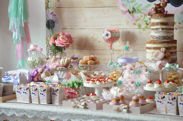 Baby shower table decorations candy table for baby shower decoration - Kara S Party Ideas Boho Chic Minnie Mouse Birthday Party
