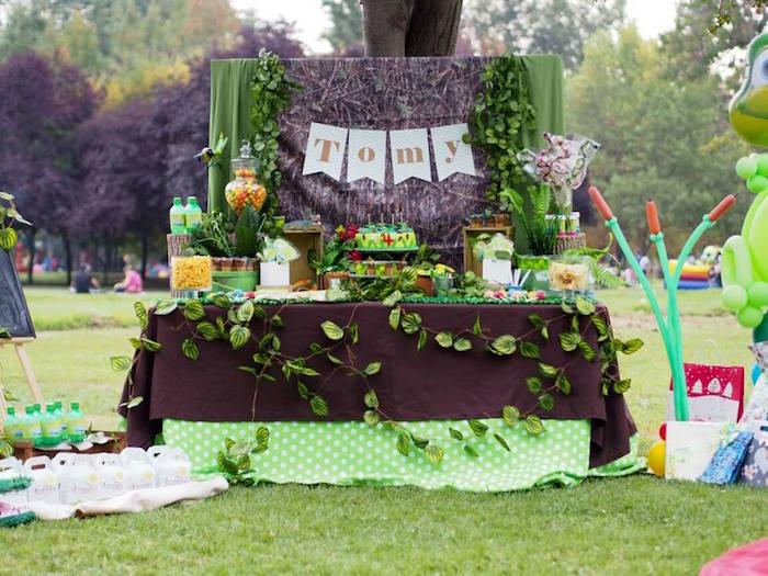 Head Table from a Crocodiles & Insects Birthday Party via Kara's Party Ideas - KarasPartyIdeas.com (8)