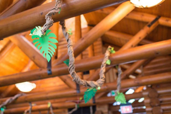 Paper Vine from a Dinosaur Birthday Party via Kara's Party Ideas | KarasPartyIdeas.com | The Place for All Things Party! (11)
