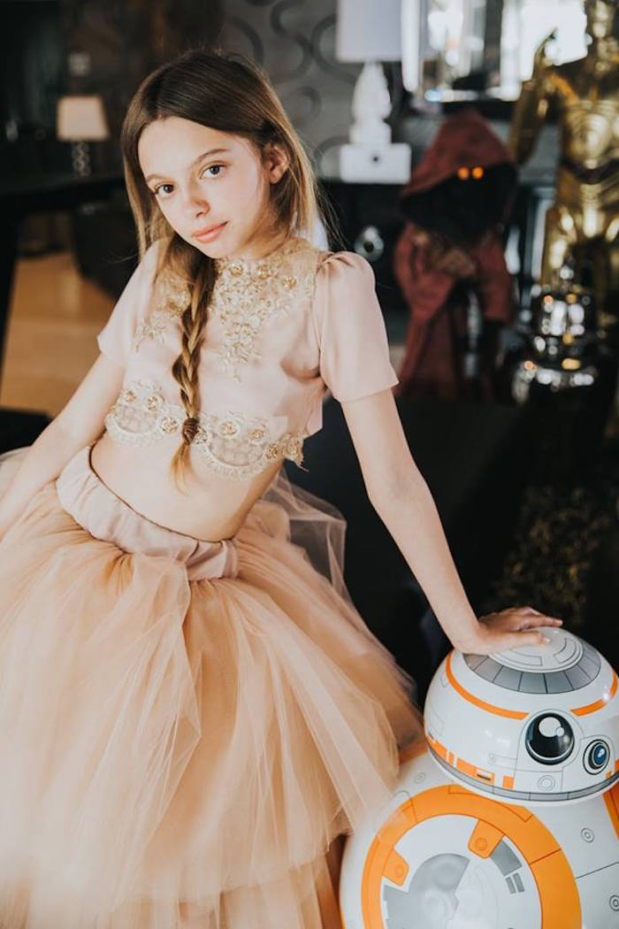 Photo Op from a Galactic Star Wars Themed Birthday Party via Kara's Party Ideas | KarasPartyIdeas.com (23)