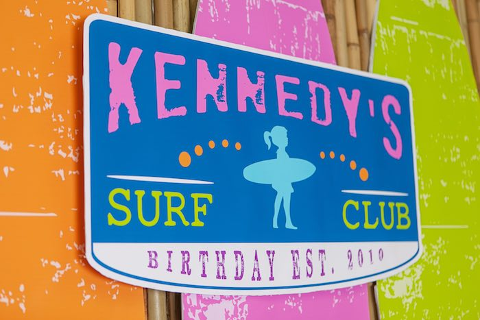 Backdrop Sign from a Girly Surfing Party via Kara's Party Ideas | The Place for All Things Party! KarasPartyIdeas.com (41)