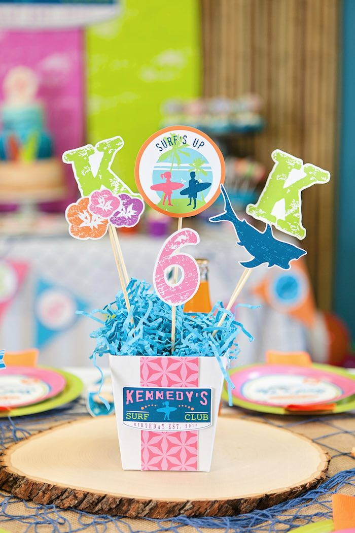 Guest Table Centerpiece from a Girly Surfing Party via Kara's Party Ideas | The Place for All Things Party! KarasPartyIdeas.com (30)