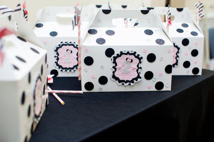 Gable Favor Box from a Glamorous Minnie Mouse Birthday Party via Kara's Party Ideas KarasPartyIdeas.com (7)