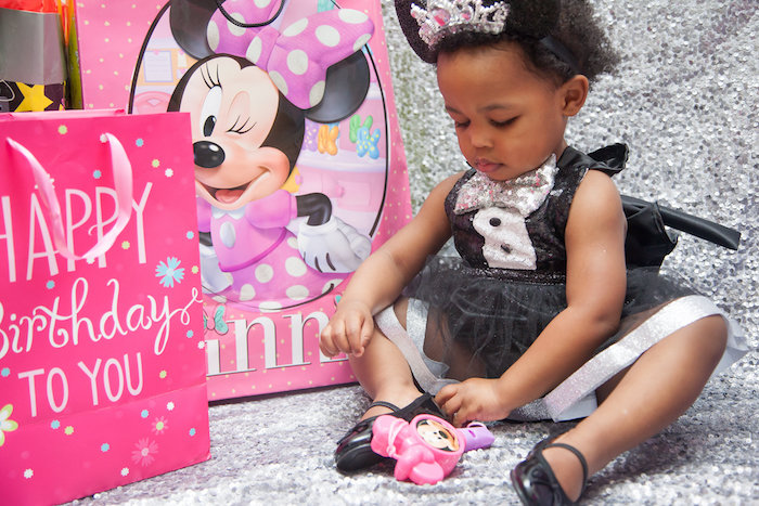 Birthday Girl from a Glamorous Minnie Mouse Birthday Party via Kara's Party Ideas KarasPartyIdeas.com (4)