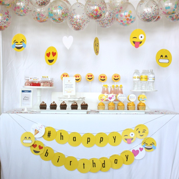 Head Table from an Instagram Emoji Themed Teen Birthday Party via Kara's Party Ideas - The Place for All Things Party! KarasPartyIdeas.com (28)