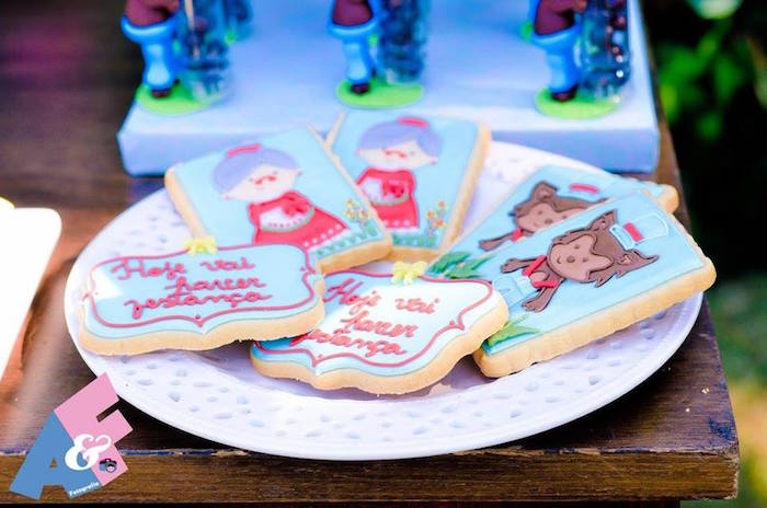 Little Red Riding Hood-inspired Cookies from a Little Red Riding Hood Birthday Party via Kara's Party Ideas | KarasPartyIdeas.com (68)