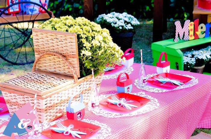 Guest Tablescape from a Little Red Riding Hood Birthday Party via Kara's Party Ideas | KarasPartyIdeas.com (25)