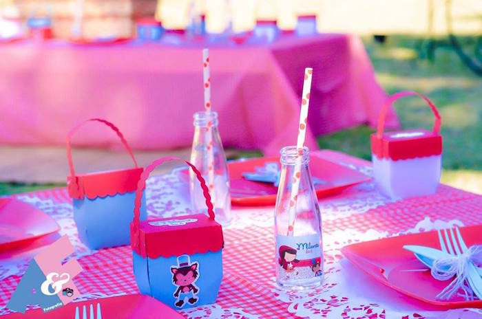 Place Settings from a Little Red Riding Hood Birthday Party via Kara's Party Ideas | KarasPartyIdeas.com (24)