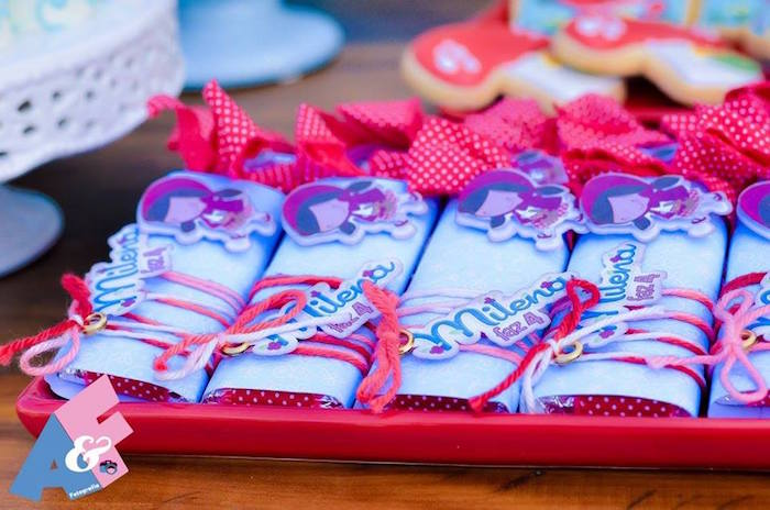 Favors from a Little Red Riding Hood Birthday Party via Kara's Party Ideas | KarasPartyIdeas.com (23)