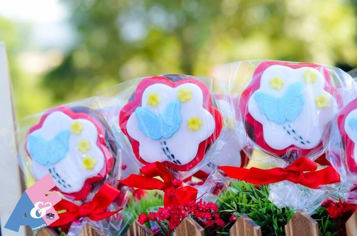 Spring Pops from a Little Red Riding Hood Birthday Party via Kara's Party Ideas | KarasPartyIdeas.com (22)