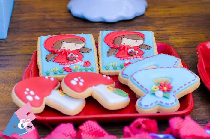 Little Red Riding Hood-inspired Cookies from a Little Red Riding Hood Birthday Party via Kara's Party Ideas | KarasPartyIdeas.com (72)