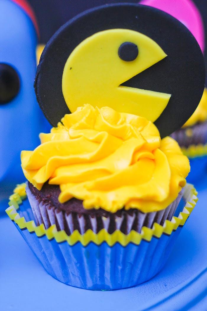 Pac Man Cupcake from a Pac Man Themed Birthday Party via Kara's Party Ideas | KarasPartyIdeas.com (5)
