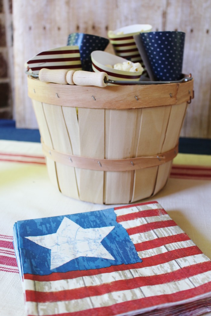 Karas Party Ideas Patriotic Memorial Day Backyard BBQ Party - Backyard bbq party ideas