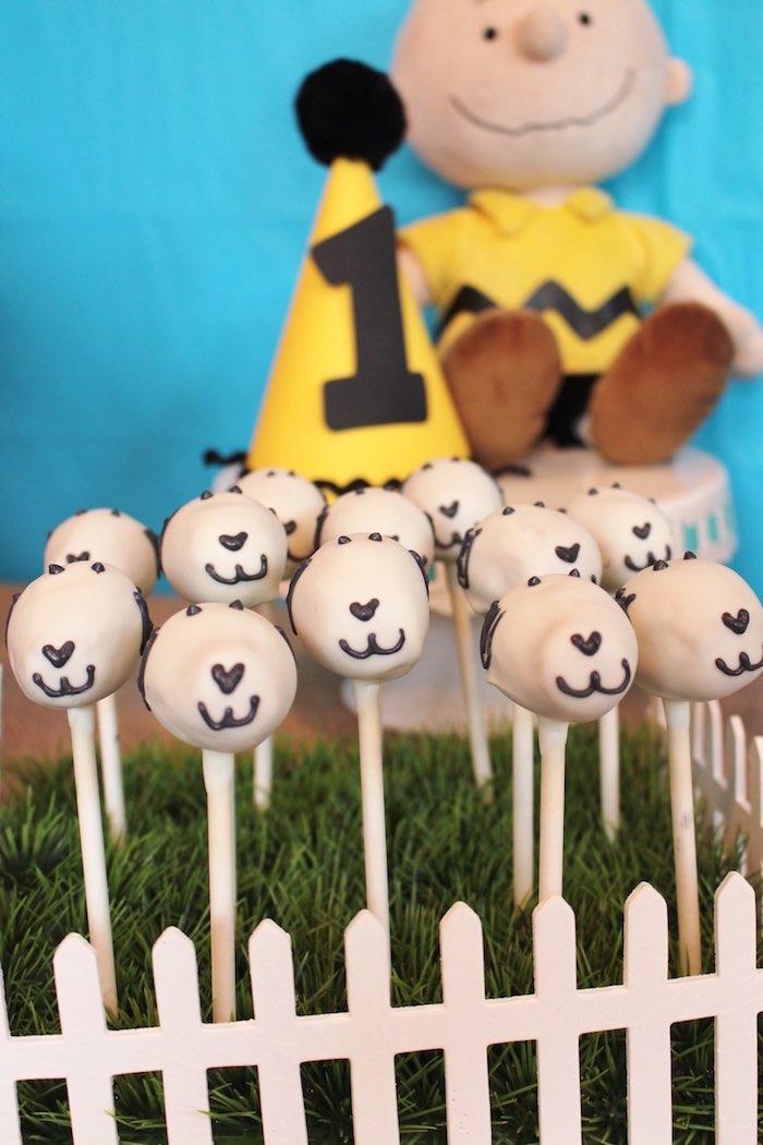 Snoopy Cake Pops from a Peanuts + Charlie Brown Birthday Party via Kara's Party Ideas | KarasPartyIdeas.com (10)
