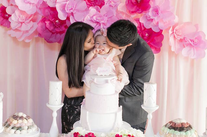 Karas Party Ideas Birthday Girl Kisses from a Pink Paris 1st