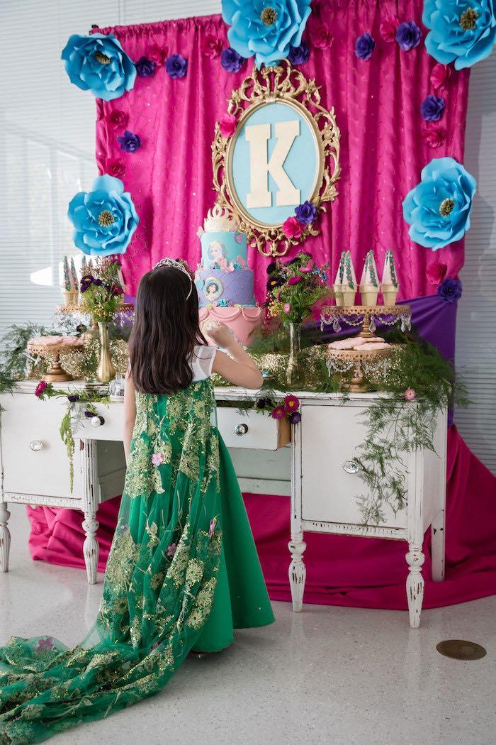 Kara 39 s party ideas princess royal ball birthday party for Princess birthday party crafts
