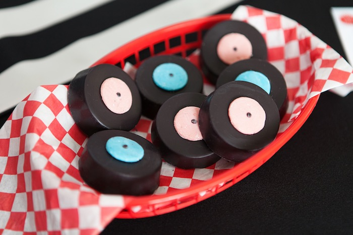 Vinyl Record Chocolate Covered Oreos from a Retro Soda Shoppe Birthday Party via Kara's Party Ideas - The Place for All Things Party! KarasPartyIdeas.com (6)