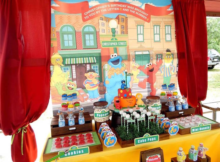 Sweet Table From A Rustic Whimsical Sesame Street Birthday Party Via Kara S Ideas Karaspartyideas