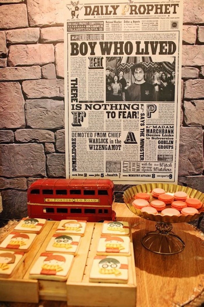 Sweet Display from a Boy Who Lived - Harry Potter Birthday Party via Kara's Party Ideas | KarasPartyIdeas.com (21)