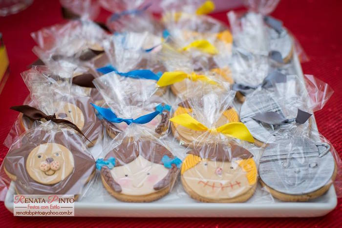 Character Cookies from a Wizard of Oz Birthday Party via Kara's Party Ideas | KarasPartyIdeas.com (10)