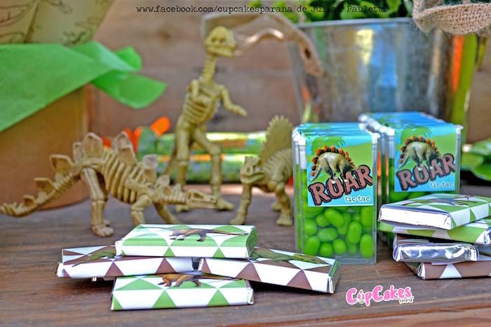 Treats + favors from a Dinosaur Birthday Party via Kara's Party Ideas | KarasPartyIdeas.com (18)