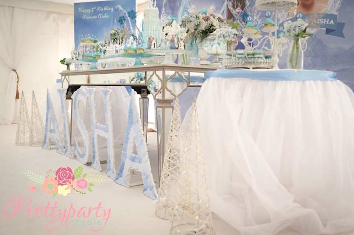 Decor from a Frozen Birthday Party via Kara's Party Ideas KarasPartyIdeas.com (23)
